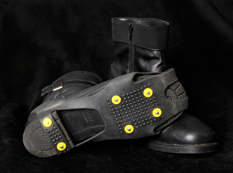 Spiky Plus isbrodder på sko