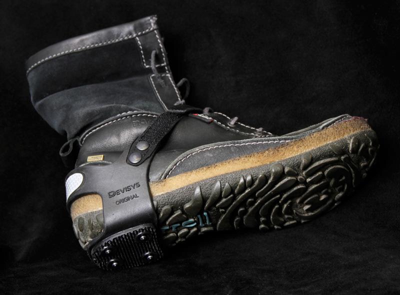 Devisys isbrodder på sko